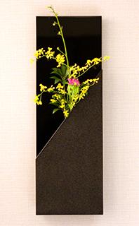 新鮮な生花を客室に